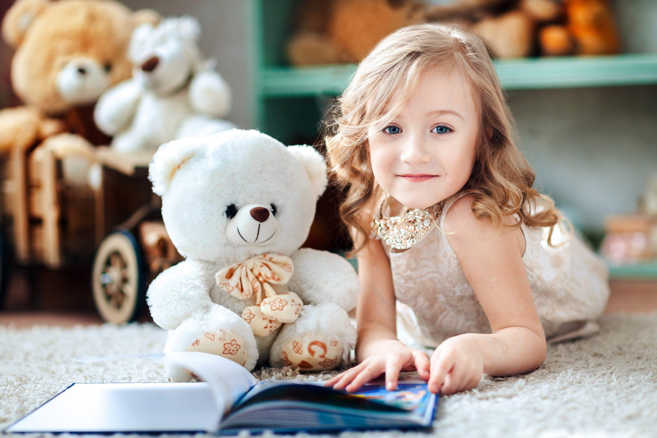 Что подарить девочке на 4 года