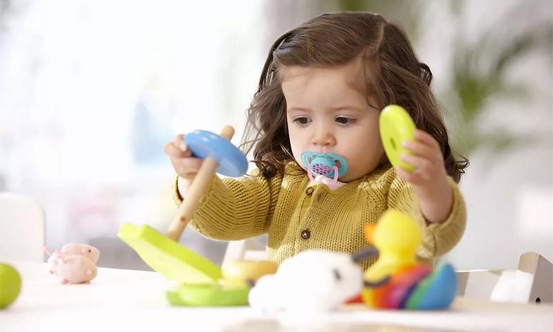 8 лучших сосок-пустышек для малышей в 2021 году