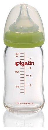Pigeon «Перистальтик Плюс» (премиальное стекло)