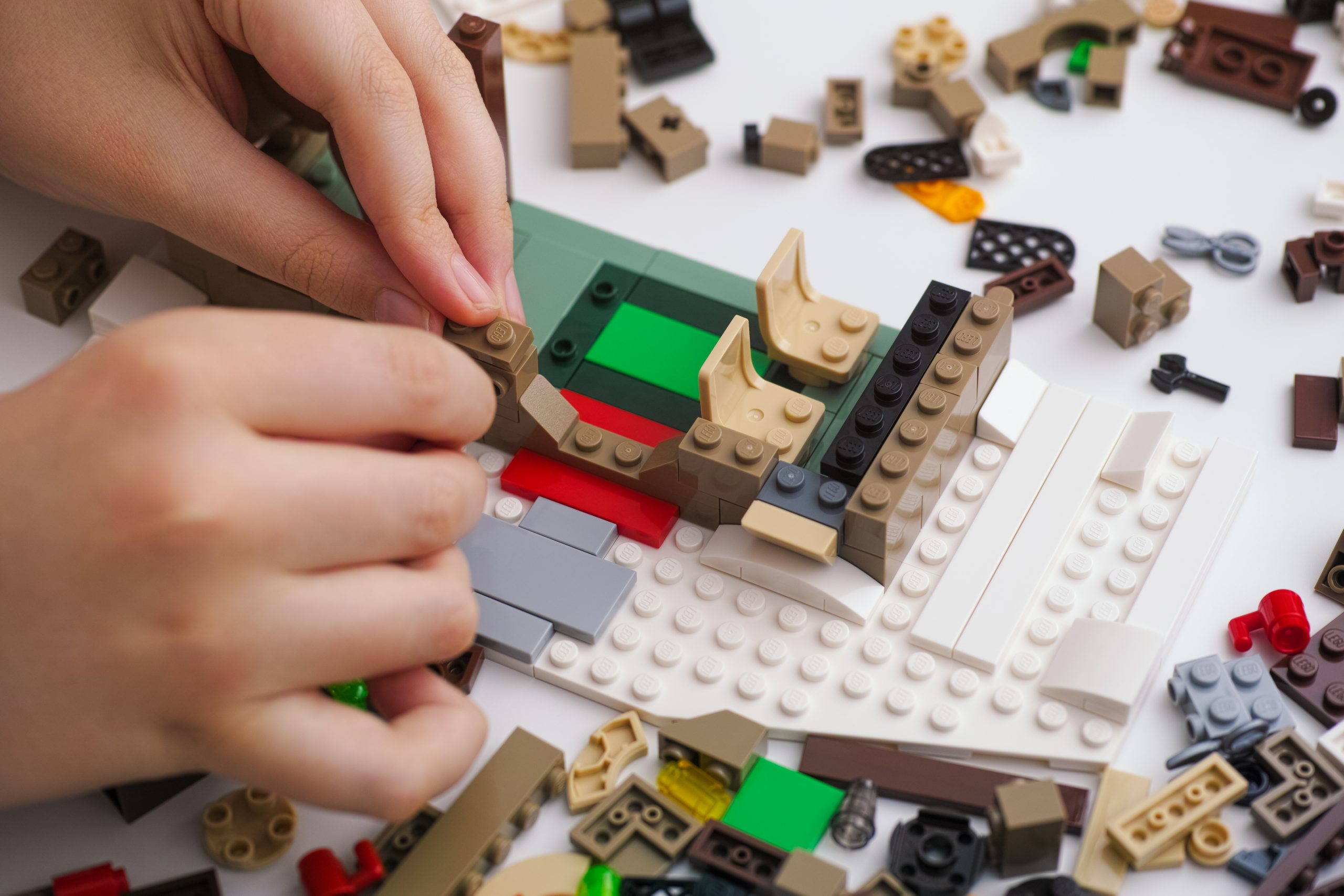 15 лучших наборов Лего в 2021 году