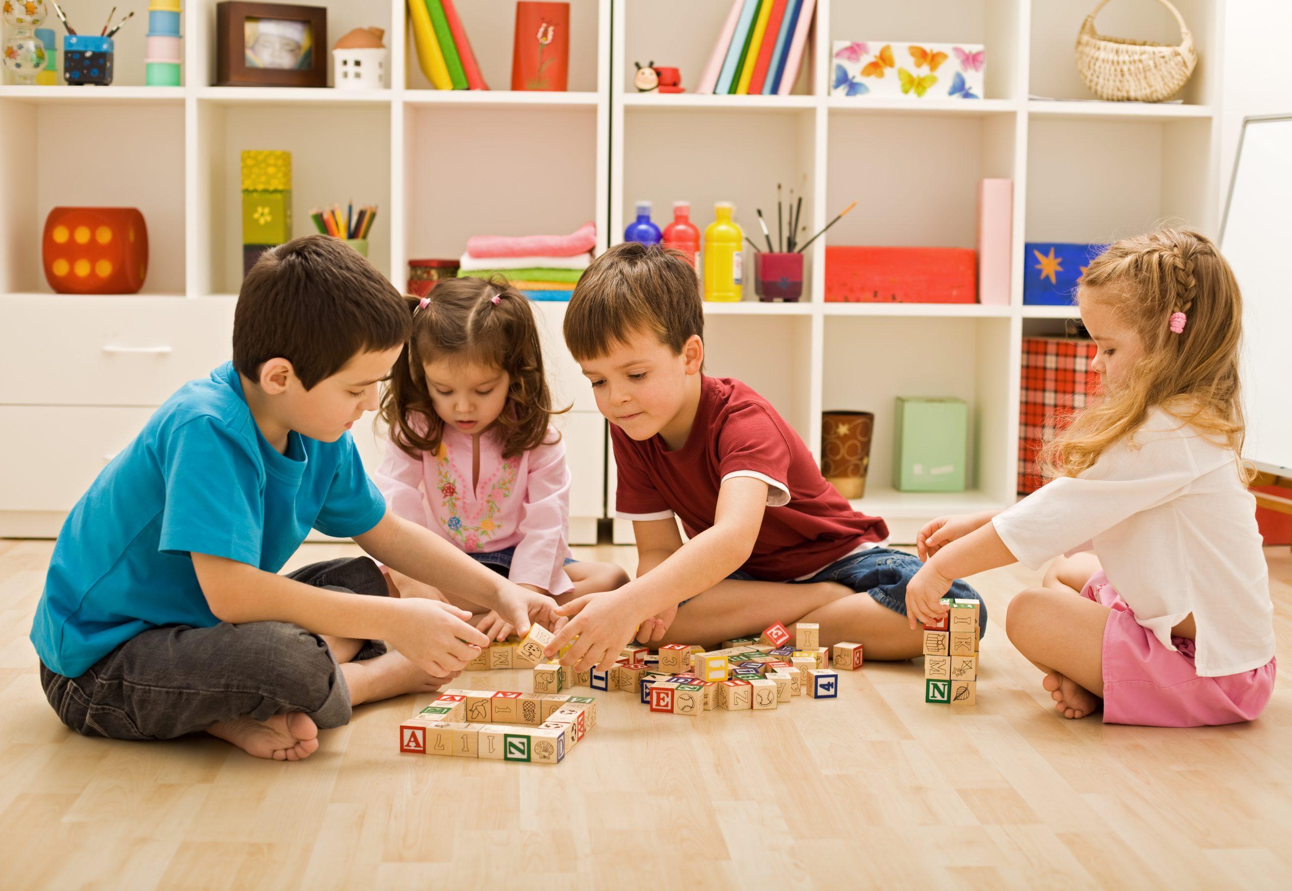 9 лучших развивающих игр для детей 2021 года