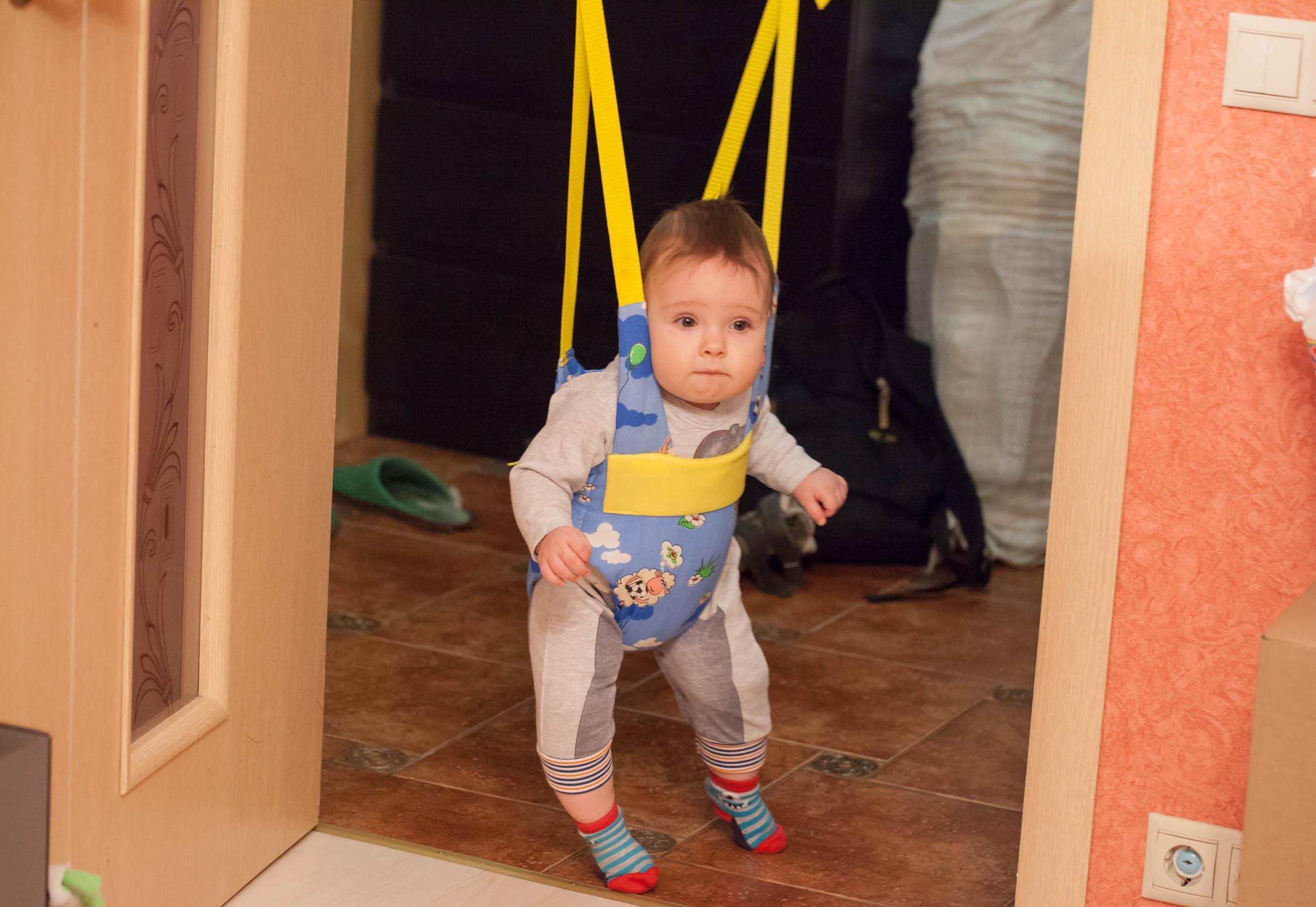 Прыгунки для ребенка: необходимость или модный девайс
