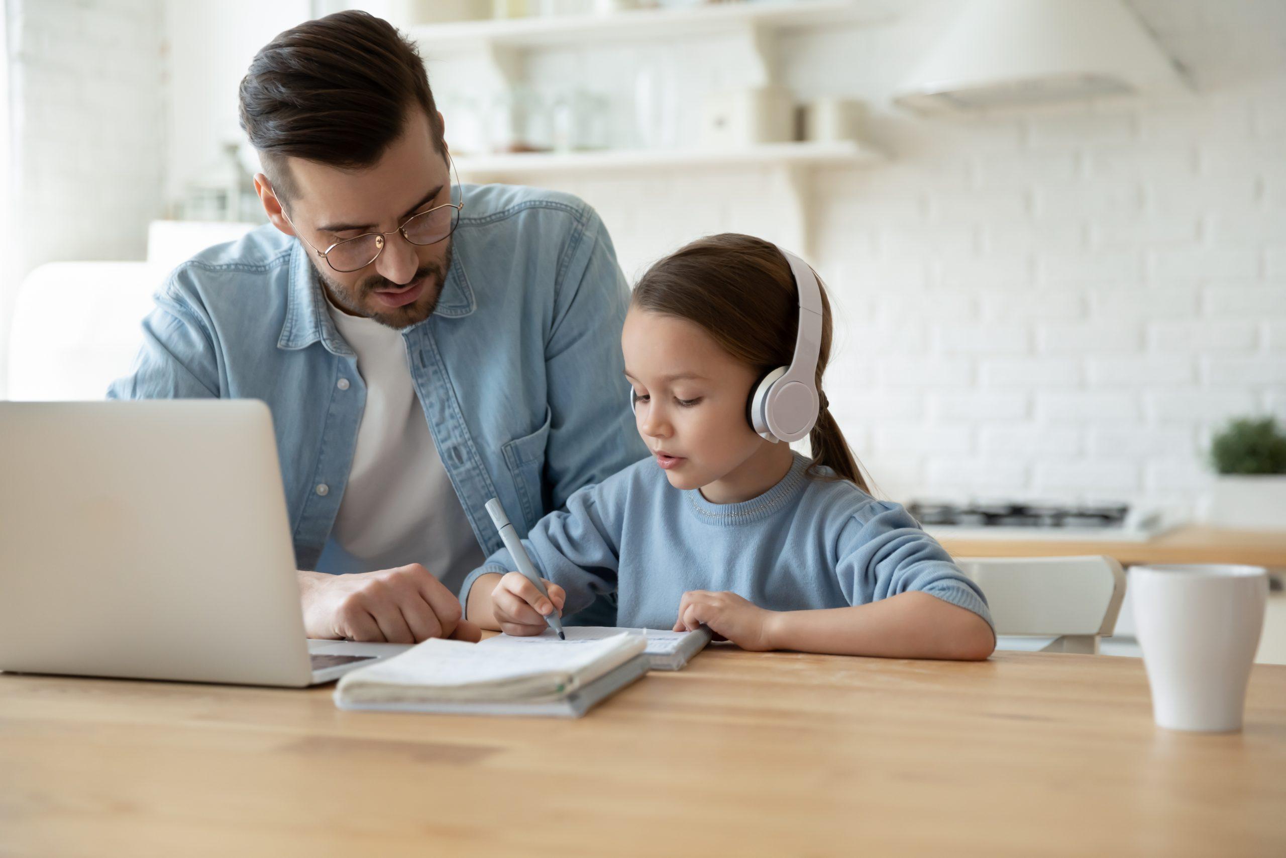 Как подобрать пособие для подготовки ребенка к школе